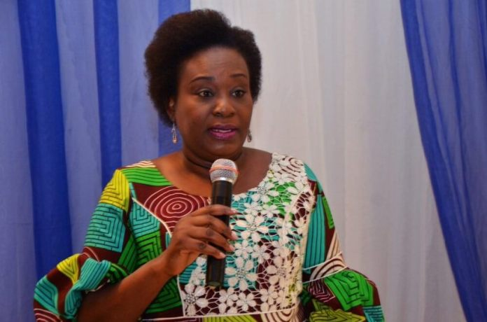 Dr Folashade Yemi-Esan has announced that public servants from Grade 1-12 should stay at home