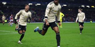 Marcus Rashford and Antonio Martial both scored as Manchester United closed in on top four