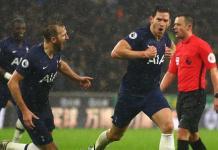 Jan Vertonghen celebrates Spurs' winner against Wolves