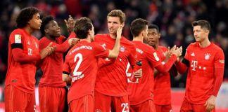 Robert Lewandowski scored twice as Bayern Munich beat Paderborn 3-2