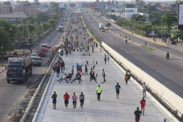 Lagos residents violating the lockdown order