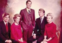 An undated photo of the Trump siblings, from left to right Robert, Elizabeth, Fred, Donald and Maryanne