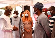 Lagos State Governor, Mr. Babajide Sanwo-Olu; Chief Ayo Opadokun; wife of the deceased, Gladys Kanu; Deputy Governor, Dr. Obafemi Hamzat and Commissioner for Information and Strategy, Mr. Gbenga Omotoso during a condolence visit to Retired Rear Admiral Ndubuisi Kanu's family at their residence, on Friday, January 15, 2021.