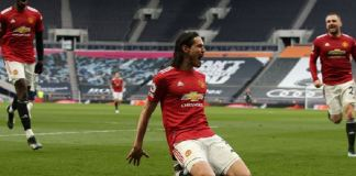 Edison Cavani glides away after putting Manchester United ahead against Tottenham