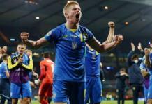 Ukraine beat 10-man Sweden to reach last 8