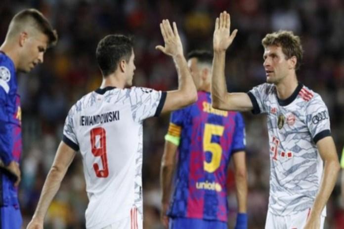 Lewandowski and Thomas Muller scored for Bayern against Barca