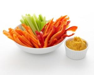 hummus-and-veggeis