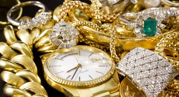 سرقة مجوهرات أميرة سعودية تقدر ب 930 ألف دولار