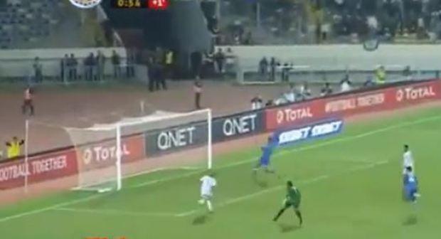 الرجاء البيضاوي يتأهل إلى المباراة النهائية لكأس الكونفدرالية الإفريقية لكرة القدم..فيديو