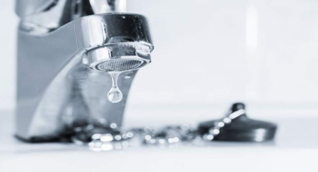 انزكان ايت ملول : أخبار  انقطاع الماء عار عن الصحة