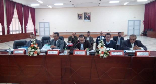 اشتوكة: في دورة استثنائية… المجلس الإقليمي يصادق على عدة اتفاقيات شراكة تخص المجال الاجتماعي