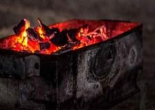 """وفاة مهاجر مغربي متأثرا باختناقه نتيجة """"فحم المجمر"""""""