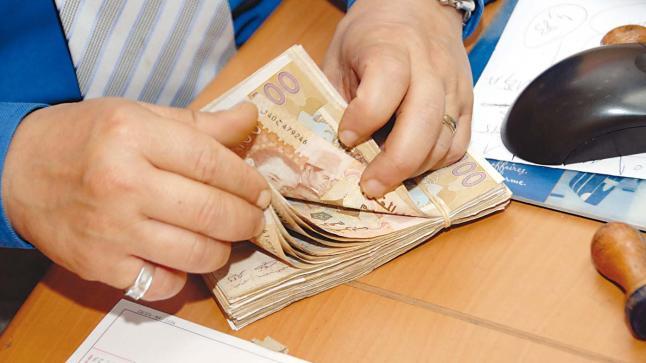 الدولة تمنح 2000 درهم شهريا للأجراء الموقوفين عن العمل بسبب ...