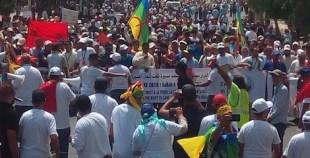 بالفيديو..هتافات وشعارات لاسترجاع الحقوق بمسيرة أكال بأكادير