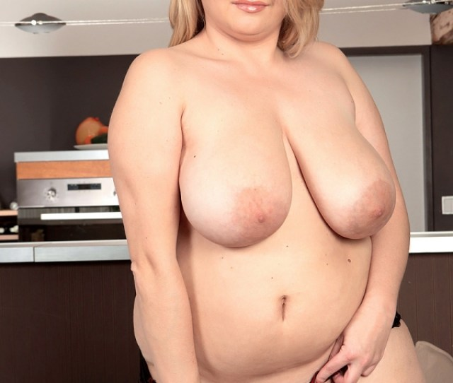 Krissy Dawson Is An Xl Girl Tube Style Vids Of A Busty Natural Bbws