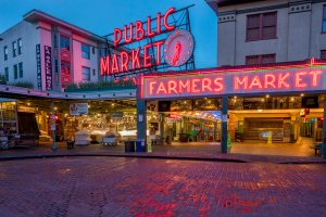 Pike Street Market in downtown Seattle, Washington, USA
