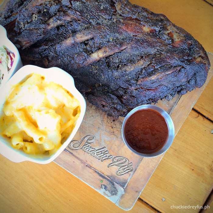 Globe Charge - Smokin' Pig Legendary Rib Joint