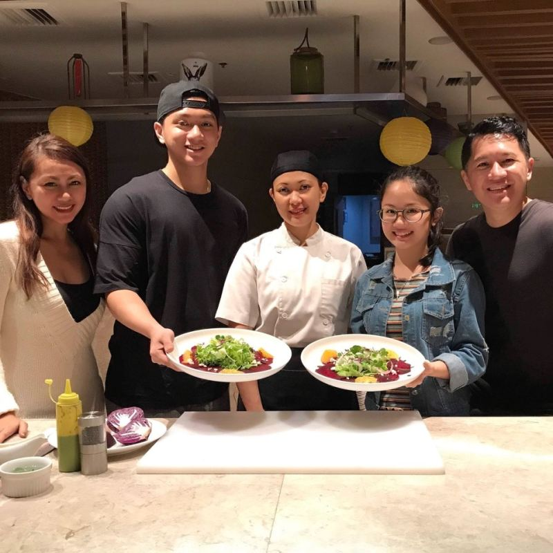 Lamisaan Dining and Bar - Kids cook - The Dreyfus Family - The Dreys