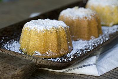 olive-anis_cake2S.jpg