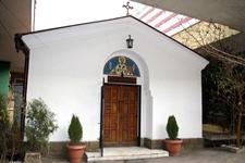 В тази малка църквичка се намира чудотворното изображение на Свети Николай - Мирликийски Чудотворец