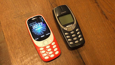 New Nokia 3310 vs Old Nokia 3310