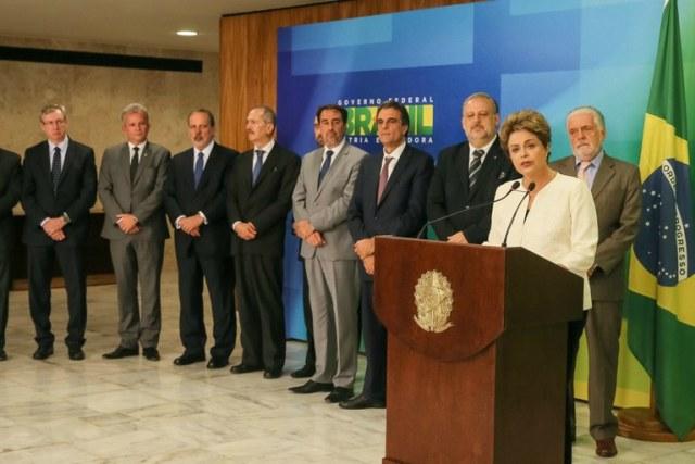 Dilma Rousseff e seus poucos cavaleiros