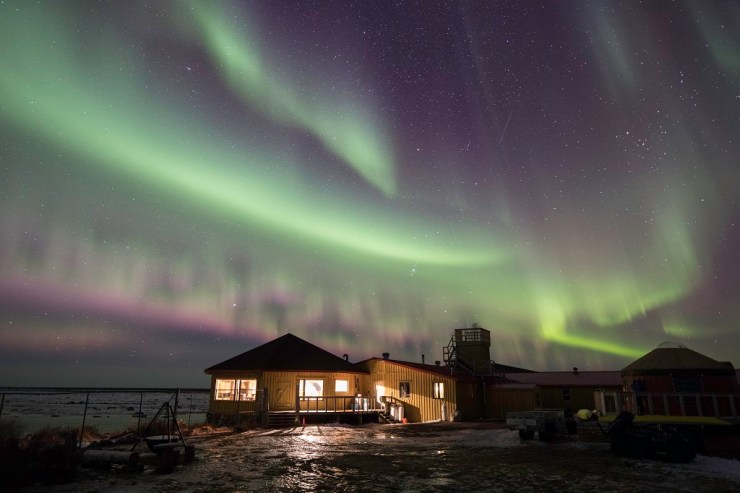 Northern lights over Seal River Heritage Lodge. Robert Postma photo.