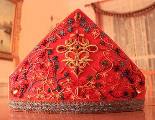 Buy Custom-made Clergy Vestments & Robes At Church Linens: Patterns