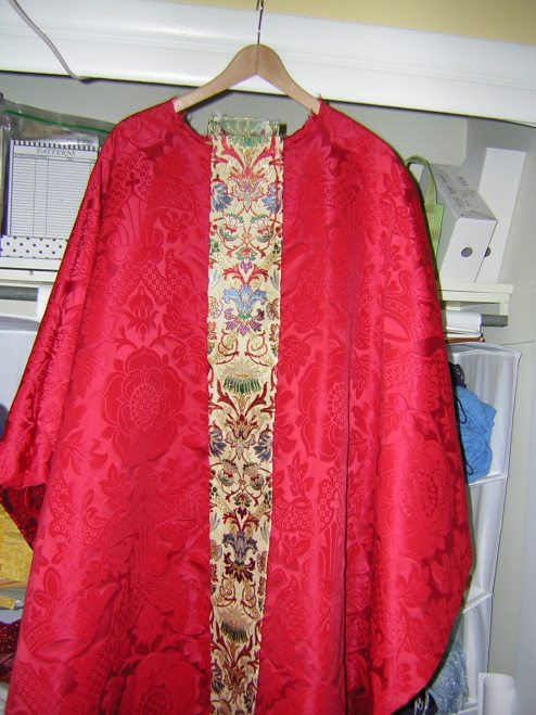 red%20chasuble