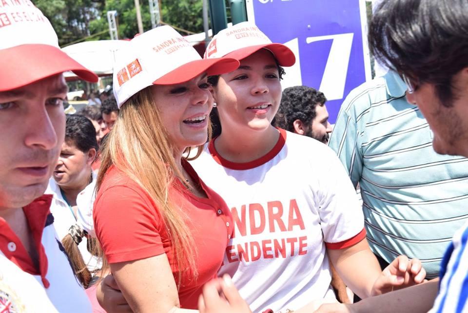 Sandra Zacarías cerró campaña inaugurando obras en Ciudad del Este. Trabajo en primer lugar.
