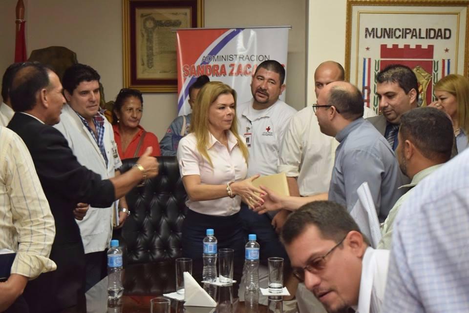 Sandra Zacarías moviliza CDE buscando acabar con el mosquito transmisor del Dengue.