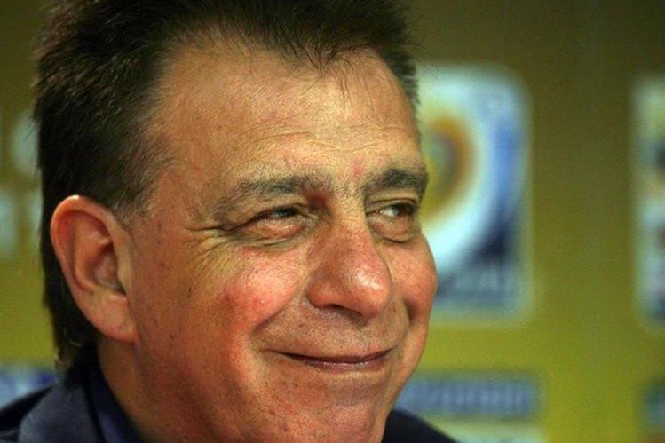 Ever Almeida vuelve a dirigir en Paraguay. Que pasó con sus ofertas internacionales?