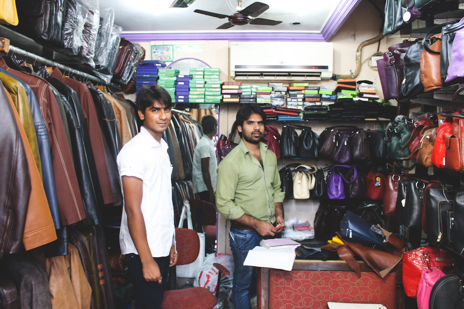 Famouse Sales Leather Boutique Dharavi shop owner