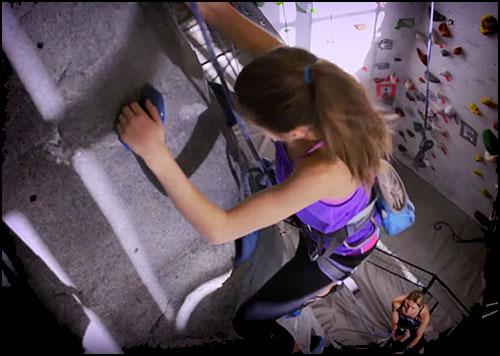 TELUS Optik Local: Kids Climbing Video