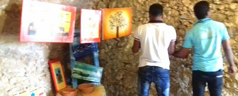Inaugurazione mostra d'arte degli ospiti dello Sprar Recosol di Gioiosa Ionica