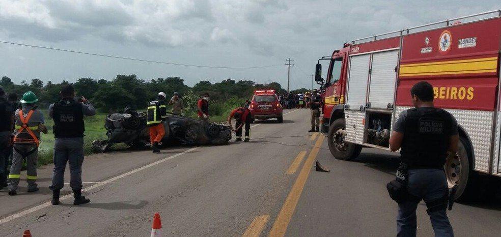 Veículo é tomado por chamas e quatro pessoas morrem em rodovia no Maranhão