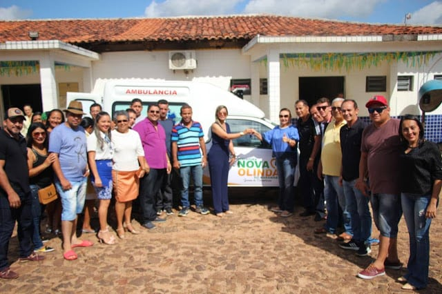 Prefeitura de Nova Olinda do Maranhão entrega nova ambulância à população do município