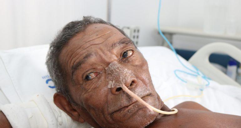 Hospital de Goiânia tenta localizar família de idoso no Maranhão