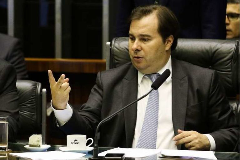 Sem crise: Fundo partidário sobe para R$ 3,8 bilhões, aumento de 120%