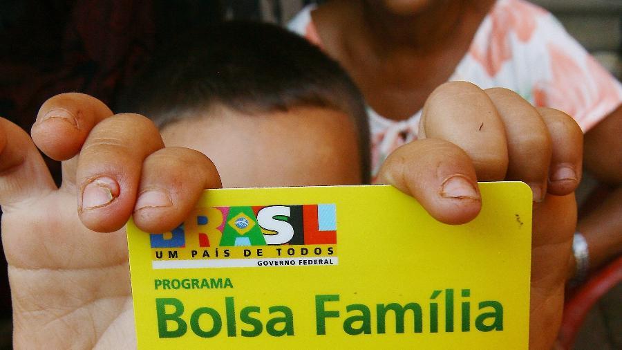 Governo incluirá 14 milhões de família a partir de abril no Bolsa Família