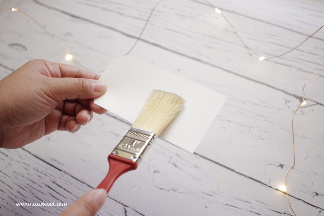 Create your own holiday gift tags