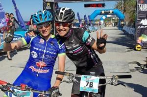 Sandra Santanyes y Mayalen Noriega