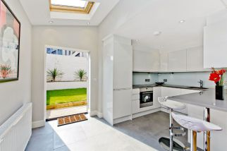 Side-return Kitchen extension South West London