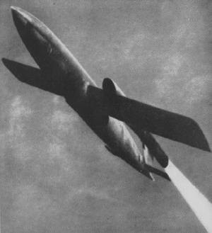 Premier missile de croisière