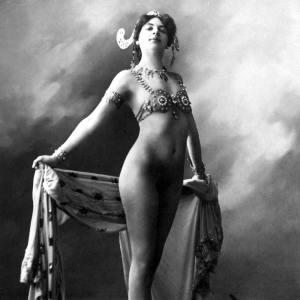 Mata Hari: Espionaje Erótico