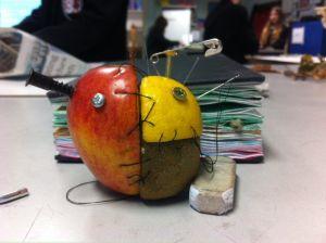 Frutas artificiales.