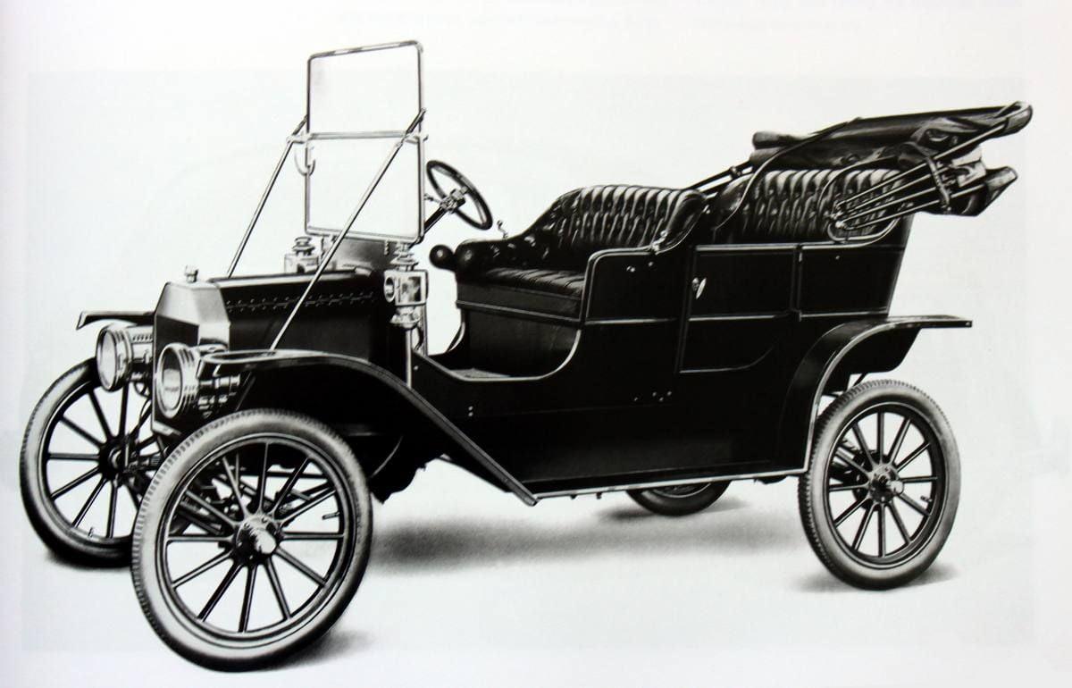 por qu el modelo t de ford s lo se fabricaba en negro ciencia hist rica. Black Bedroom Furniture Sets. Home Design Ideas