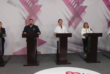 Entre propuestas y señalamientos debaten candidatos de Cozumel