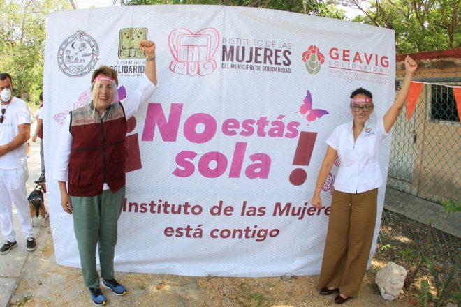 Gobierno de Laura Beristain refuerza atención a la mujer en Puerto Aventuras