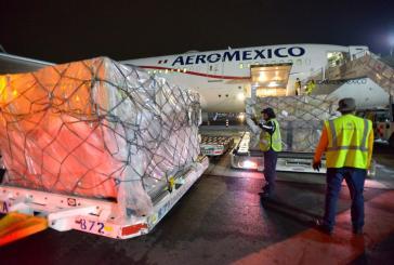 Recibe México 68,400 batas quirúrgicas a través del puente aéreo México-China